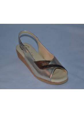 Women sandal casual line, sandalwood Mala